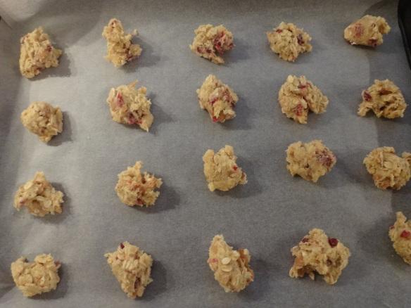 cookies auf dem weg in den ofen