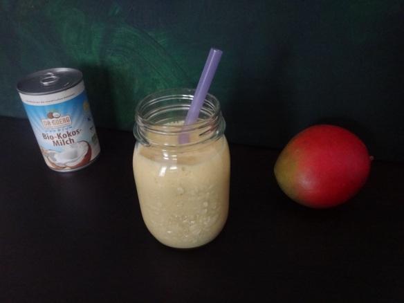 exotischer kokos shake