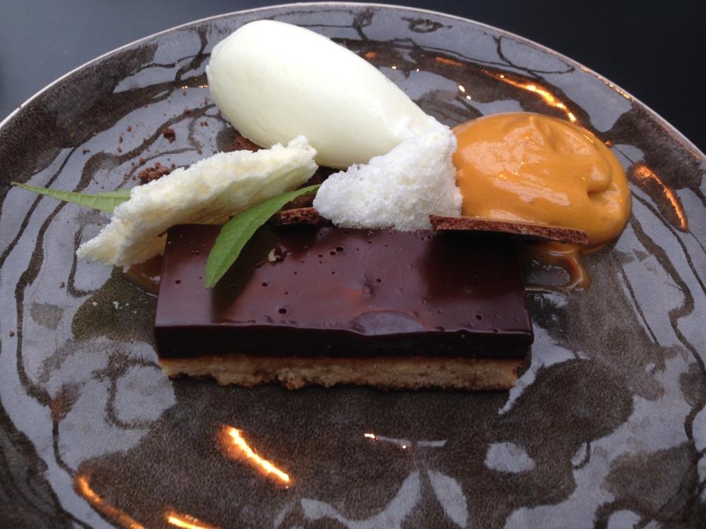 valrhona schokolade mit karamell und vanille