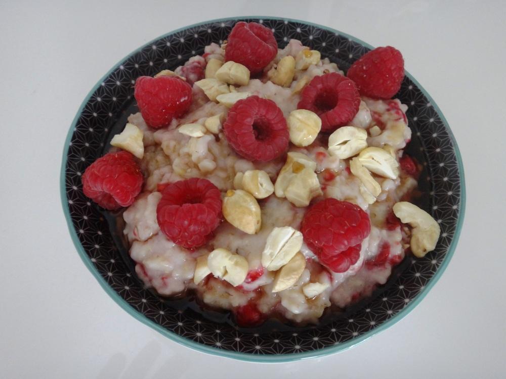 kokos himbeer porridge
